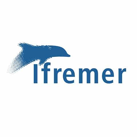 L'Ifremer contribue, par ses travaux et expertises, à la connaissance des océans et de leurs ressources, à la surveillance du milieu marin et du littoral et au développement durable des activités maritimes. À ces fins, il conçoit et met en œuvre des outils d'observation, d'expérimentation et de surveillance, et gère des bases de données océanographiques.